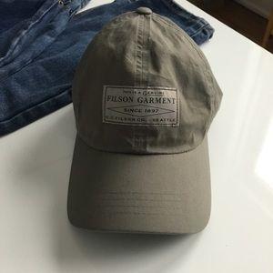 Filson Accessories - FINAL PRICE Filson lightweight angler cap hat fd1b28dfb4e